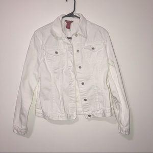 Sundance white jean jacket size medium